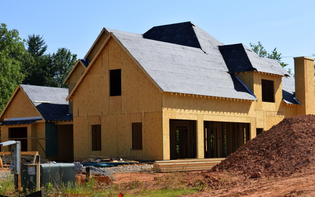 How To Pick A Roofing Style When Building A Home